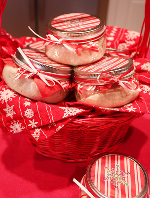Cranberry-Citrus Cream Cheese Hostess Gifts