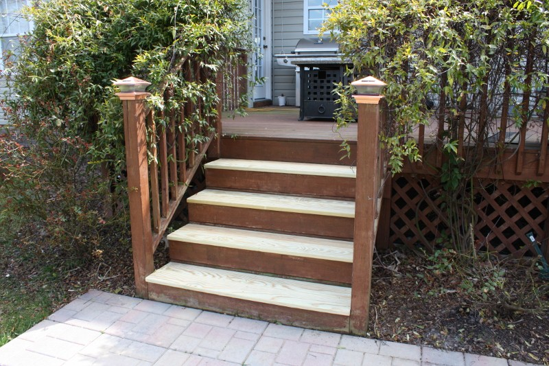 A Girlfriend S Guide To Deck Repair Sand And Sisal