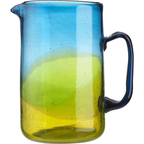 salud-pitcher