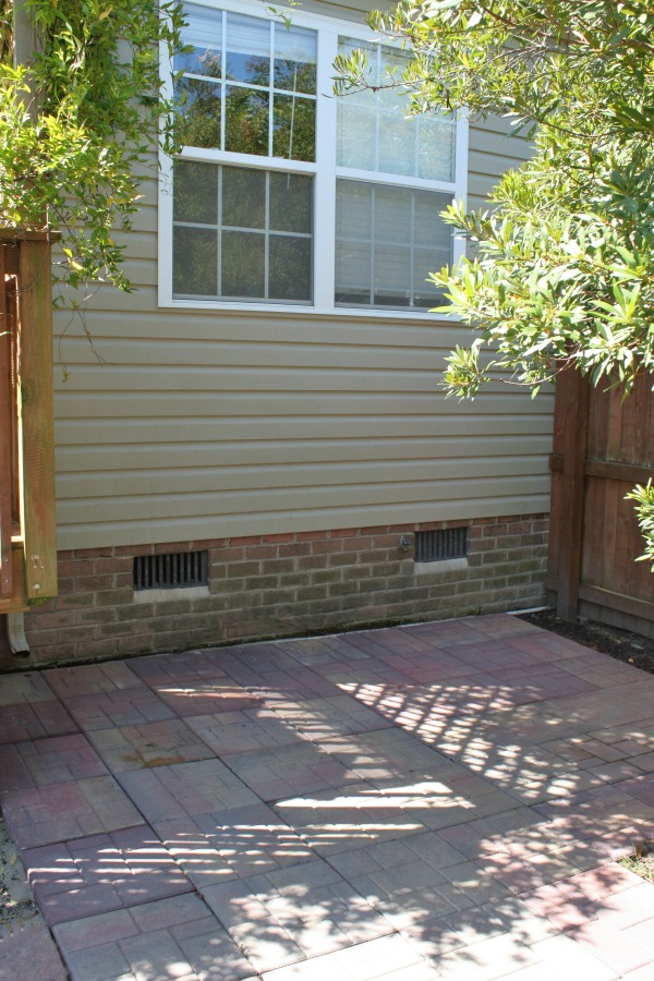 How to lay a small stone paver patio pad or walkway