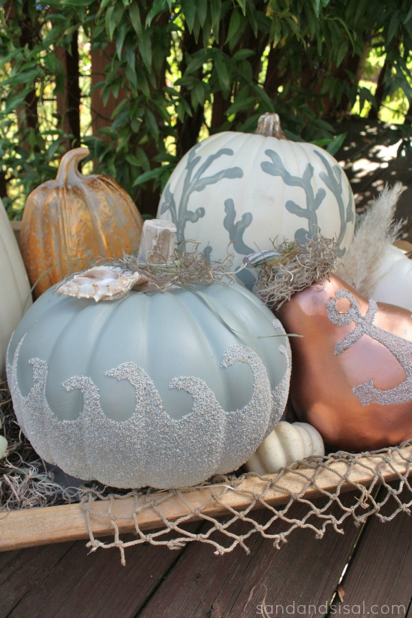 Creative coastal pumpkins for chic beach decor sand and for Sisal decoration