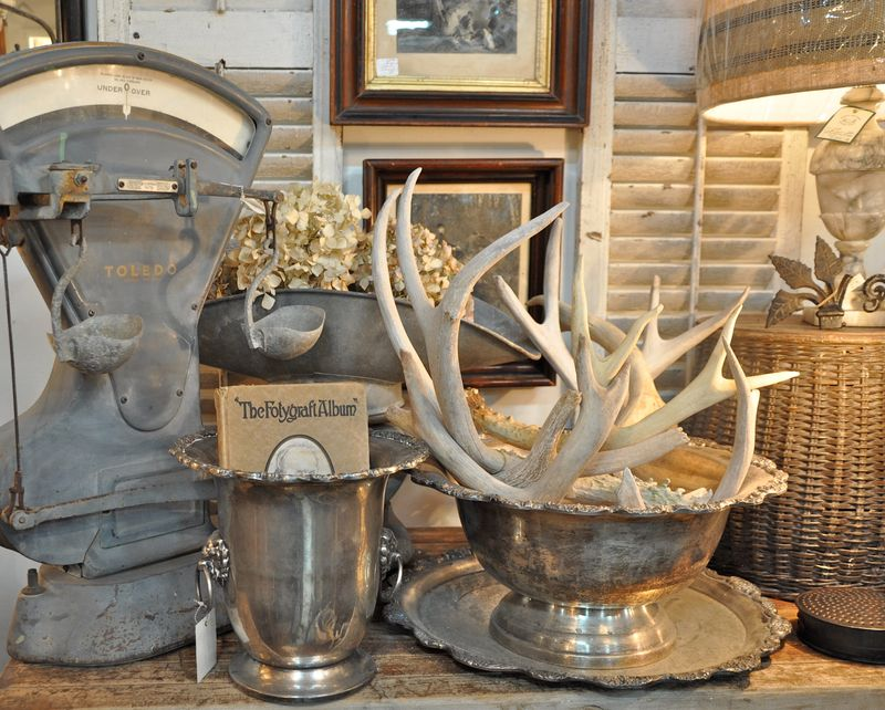 Antlers in design love 39 em or leave 39 em sand and sisal for Antler decorations for home