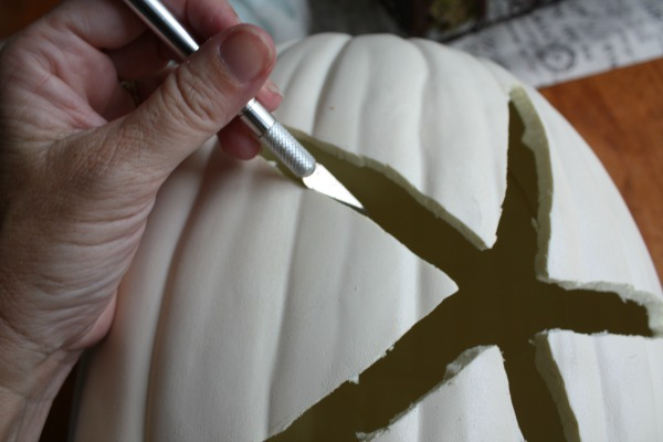 make a coastal pumpkin