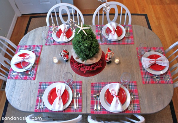 Casual Christmas Tablescape 2