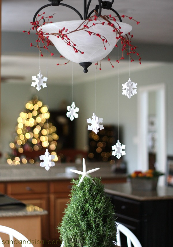 Christmas Snowflake Chandy