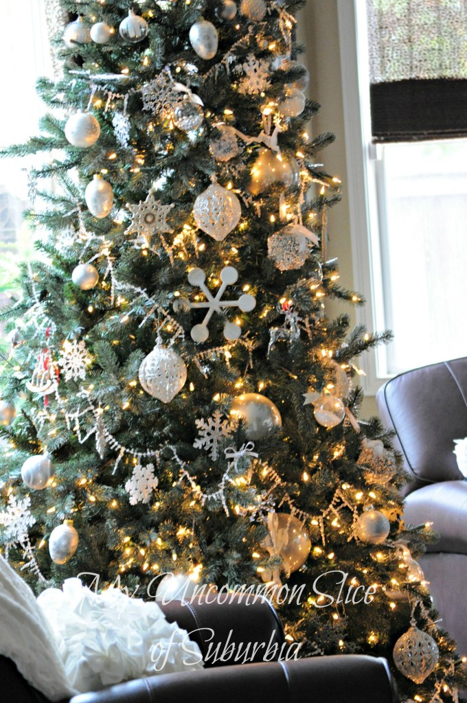 Balsam Hill 39 S 12 Bloggers Of Christmas Sand And Sisal