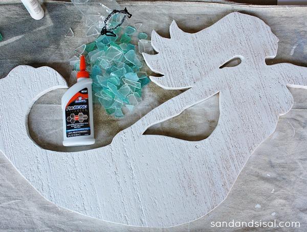 DIY cedar and seaglass mermaid