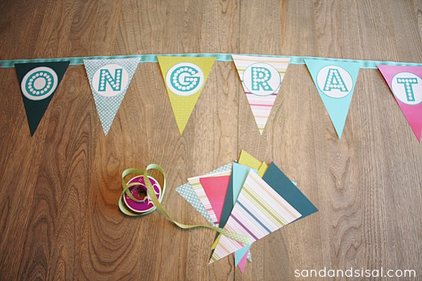 How to make a graduation banner