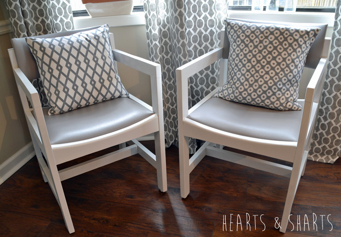 Kitchen-Chairs-Makeover-1-www.heartsandsharts.com_