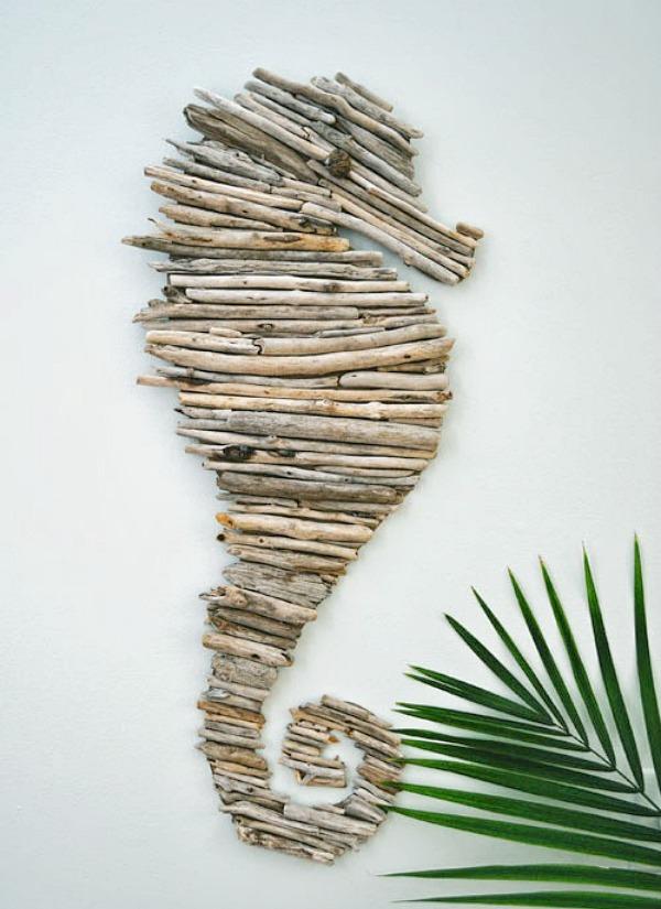 DIY Driftwood Seahorse