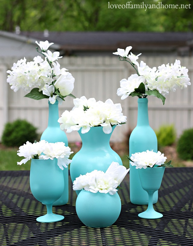 aqua-spray-painted-centerpiece