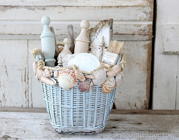 decorate-with-seashells-Petticoat-Junktion-craft-project