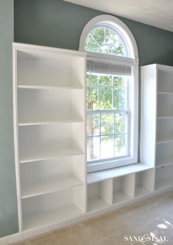 How to Build Built-in Bookshelves with beadboard + rope trim molding #3MDIY #3MPartner