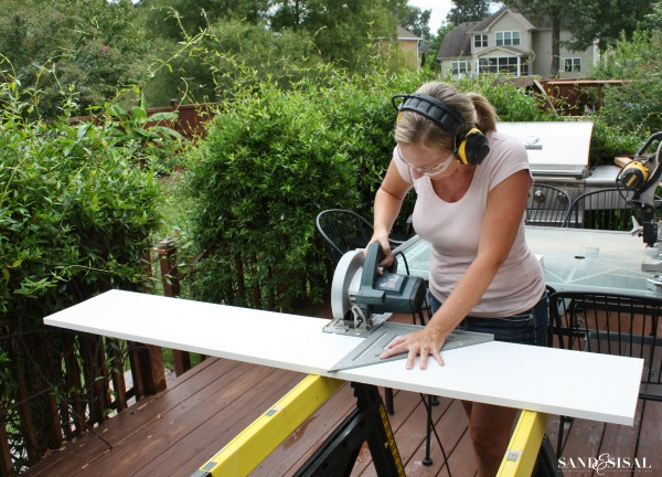 Wear Protective Gear when using powertools #3MDIY #3MPartner