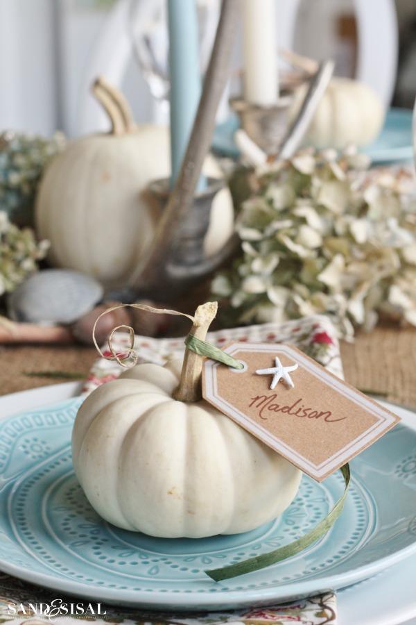 Pumpkin Placecard - Coastal Thanksgiving