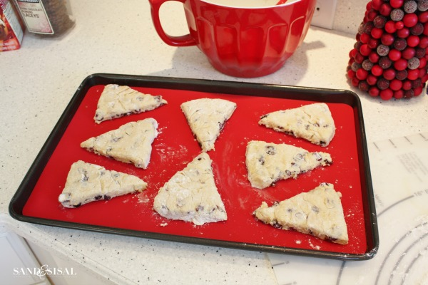 baking cranberry orange scones