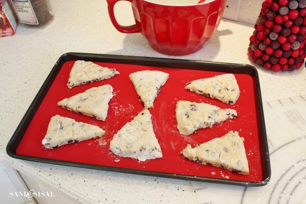 baking cranberry orange scones