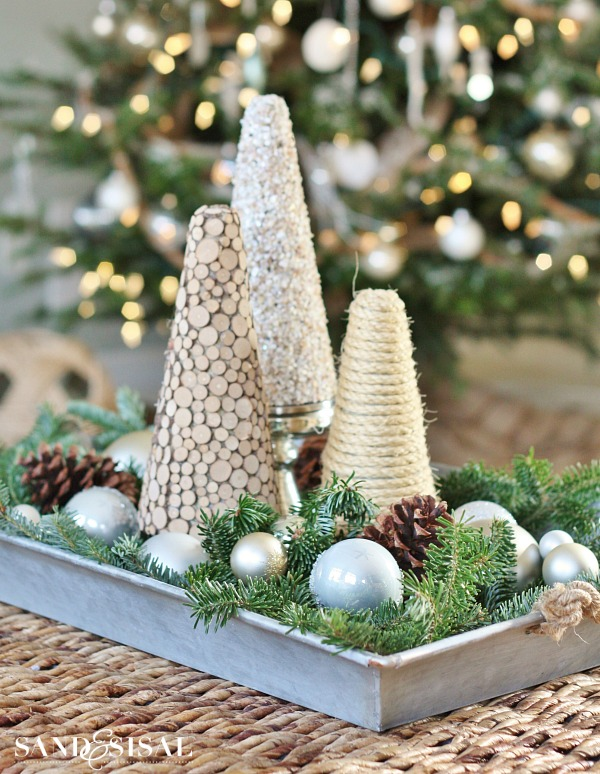 Coastal Christmas Centerpiece