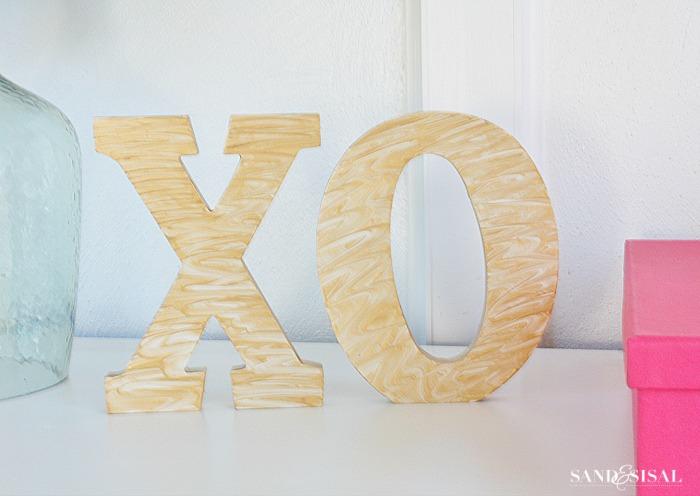 Gold Marbled Valentine's XO