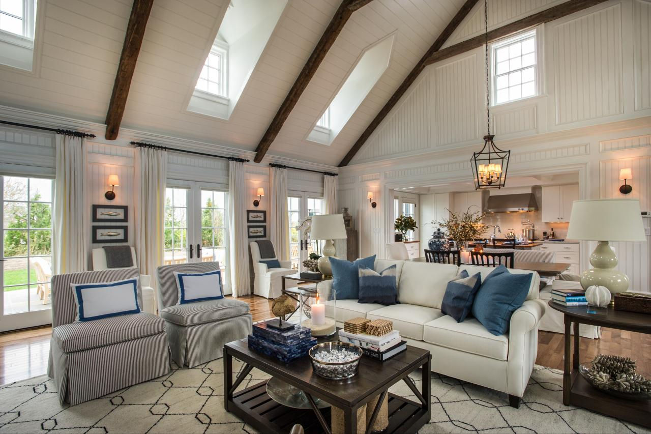 Hgtv dream home 2015 coastal escape sand and sisal for Living room decorating ideas 2015