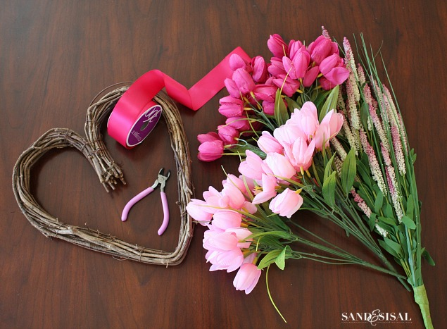 Tulip Heart Wreath Supplies