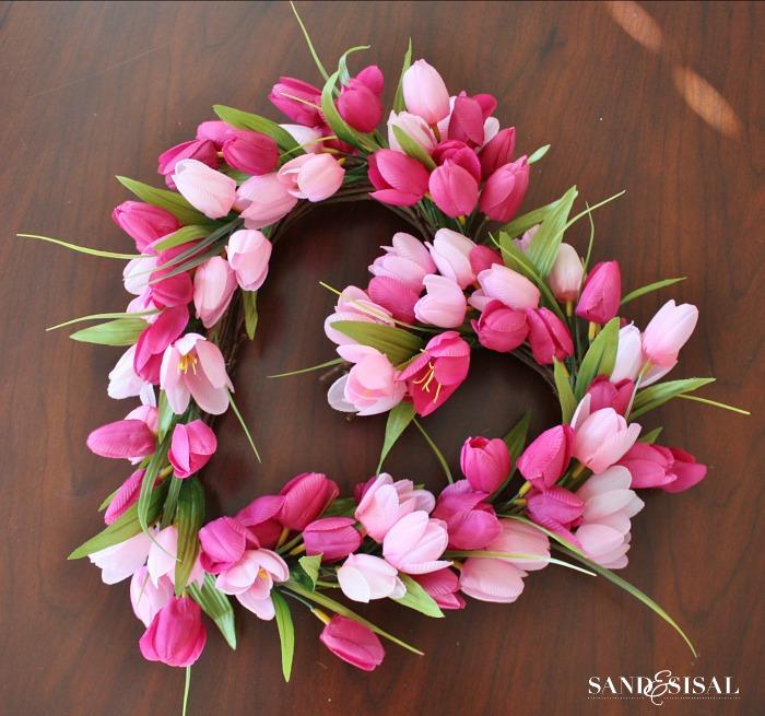 Tulip Valentines Wreath
