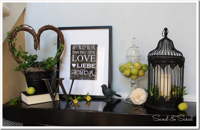 Green and black Valentine Vignette