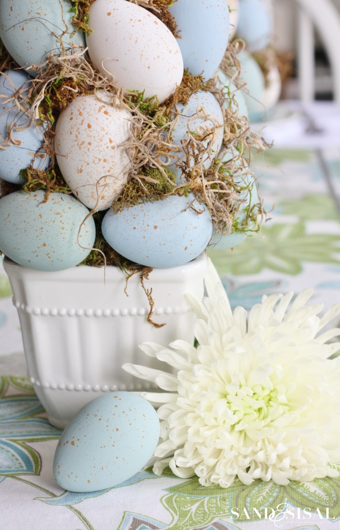Easter Craft - DIY Easter Egg Topiary