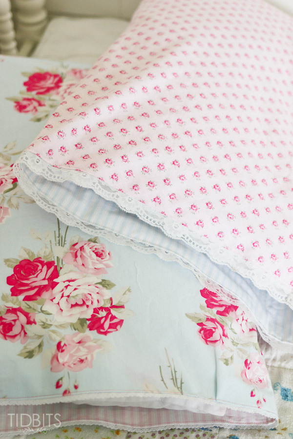 Reversible-Pillow-Case-Tutorial