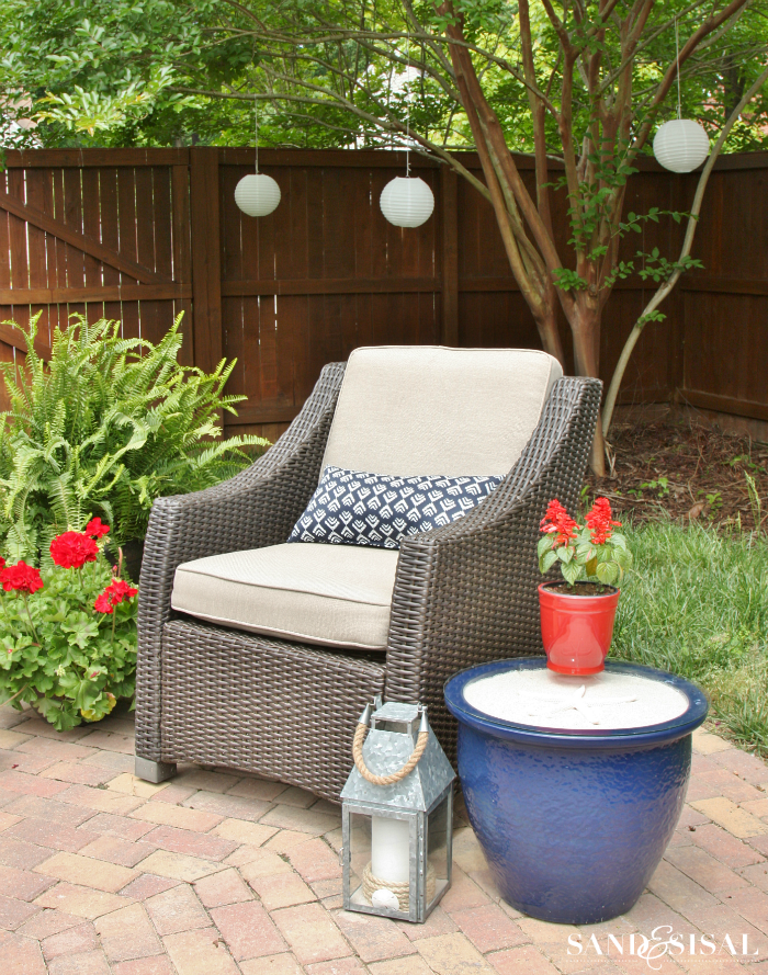 Red, White, and Blue Patio Decor + Planter Side Table