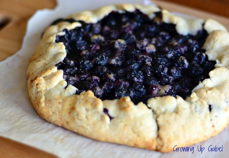 Rustic Blueberry-Tart