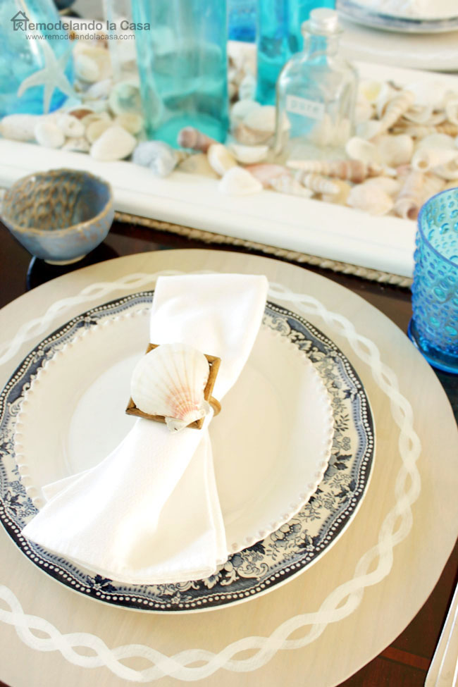 summer tablescape with coastal placemats1