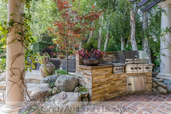 Awe Inspiring Outdoor Spaces - outdoor dining space with kitchen