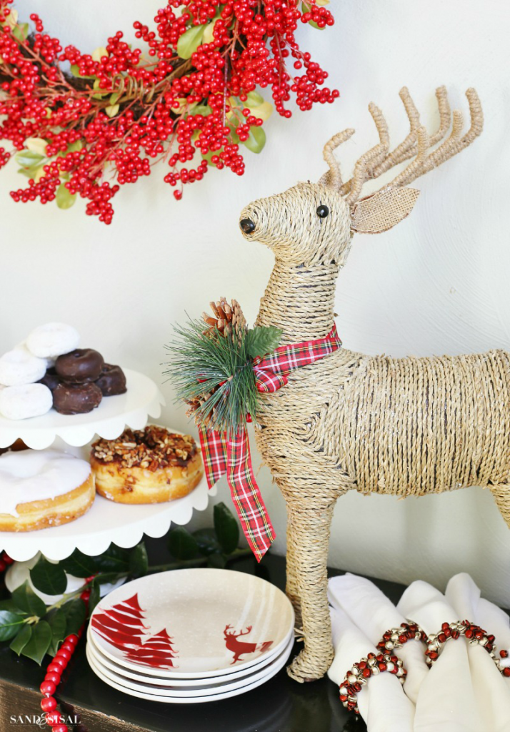 Holiday Decorating - Reindeer