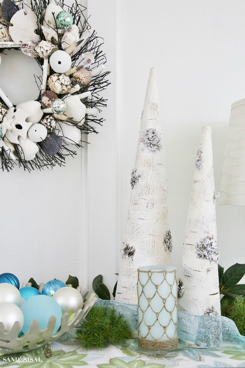 seas and greetings coastal christmas decor ideas