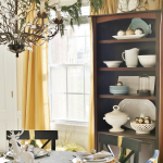 Gold and Silver Christmas Dining Room Tour