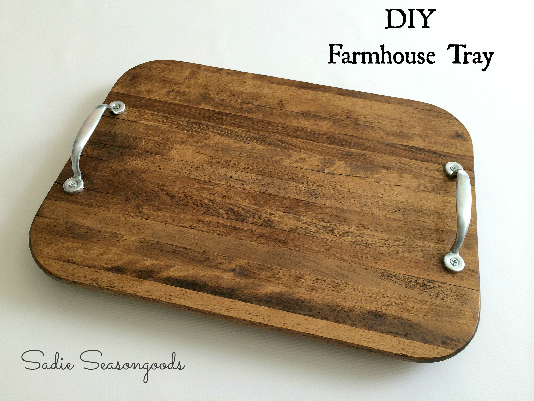 Easy and Inexpensive Rustic Decor Projects - Sand and Sisal