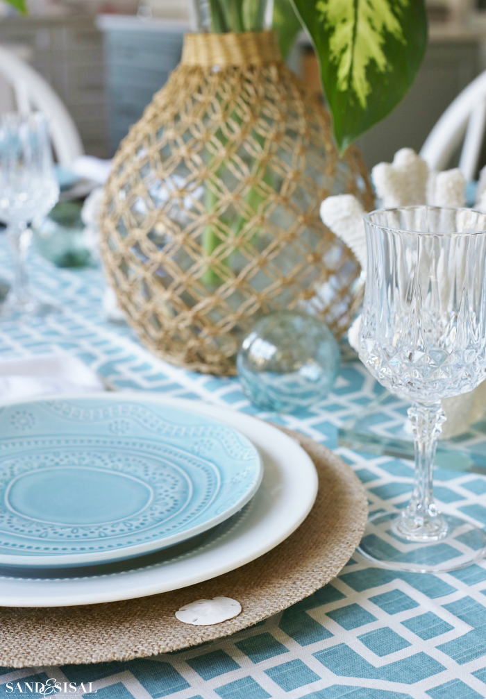 Coastal Burlap Chargers and Tablescape