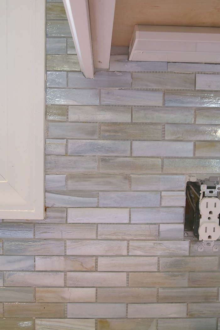 grouting the backsplash grouting can be applied after the mortar