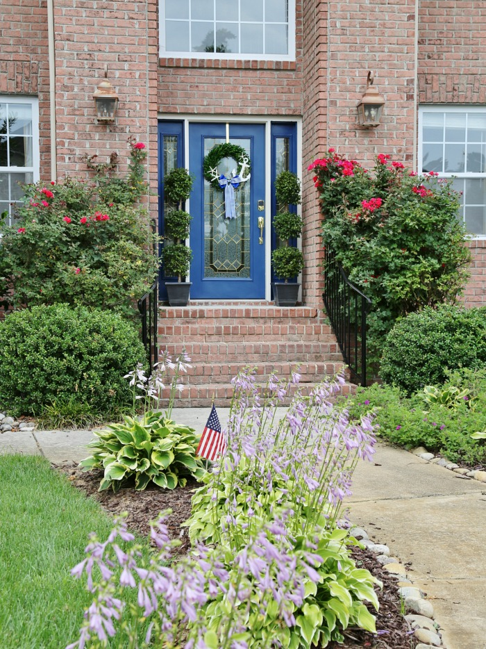 4 Ways to Update Your Front Door