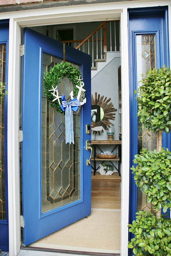 4 ways to enhance your front door and curb appeal
