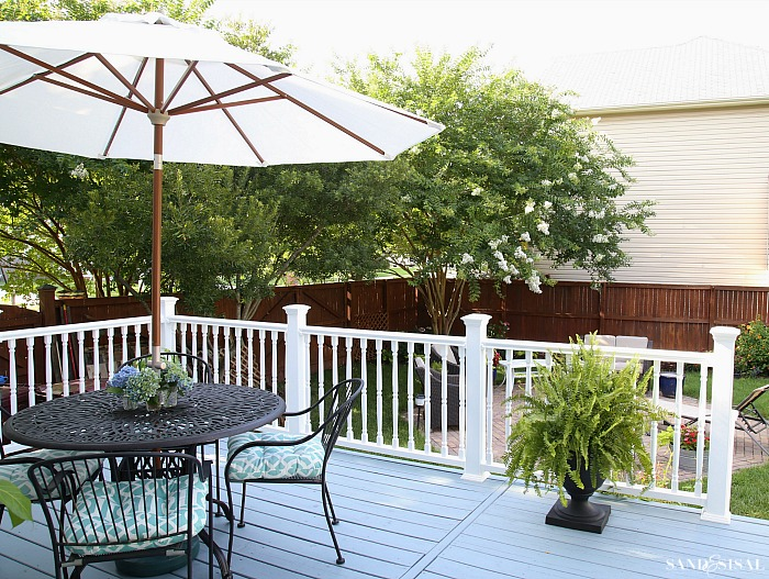 Deck Makeover with White Vinyl Railing
