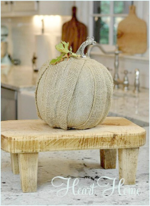 burlap-pumpkin-craft
