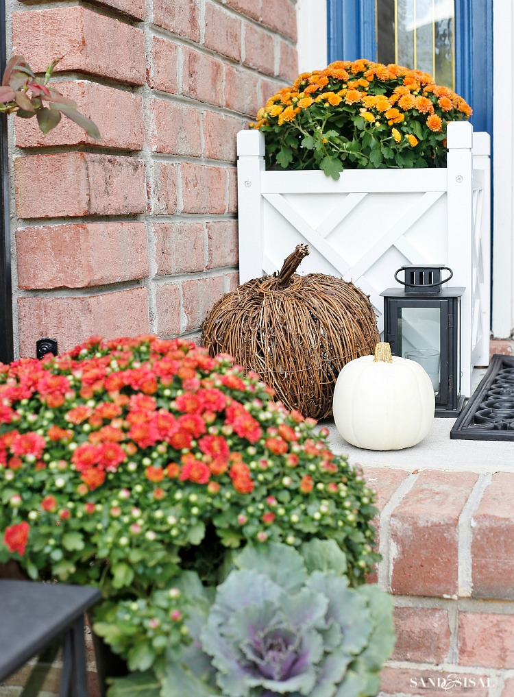 fall-front-porch-decorating-ideas-2
