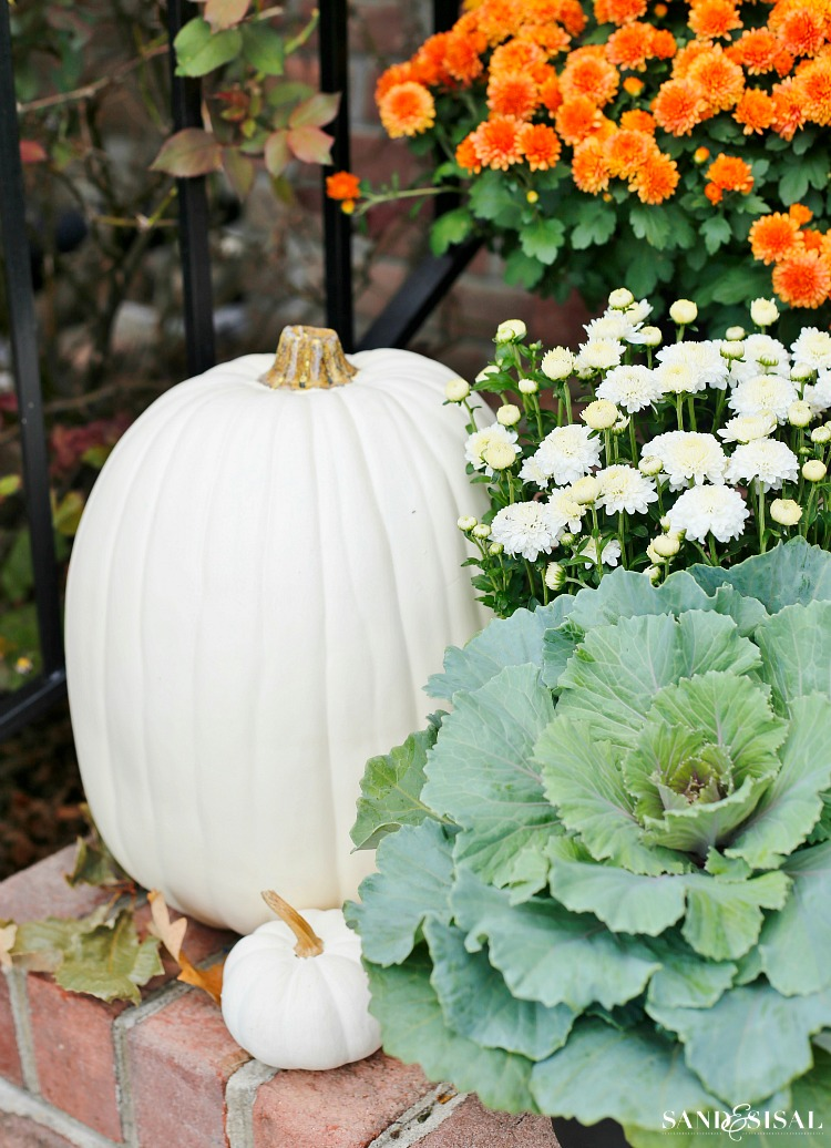 fall-porch-decorating-white-pumpkins-and-cabbage
