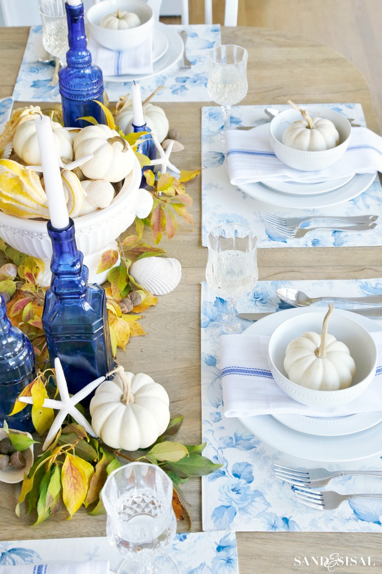 blue-white-yellow-coastal-tablescape