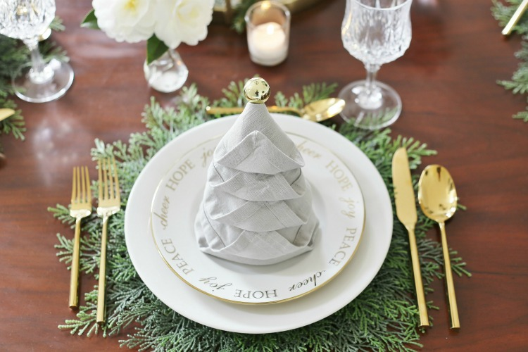 Christmas Tree Napkin Fold Tutorial - Christmas Tree Napkin Fold Tutorial - Sand And Sisal