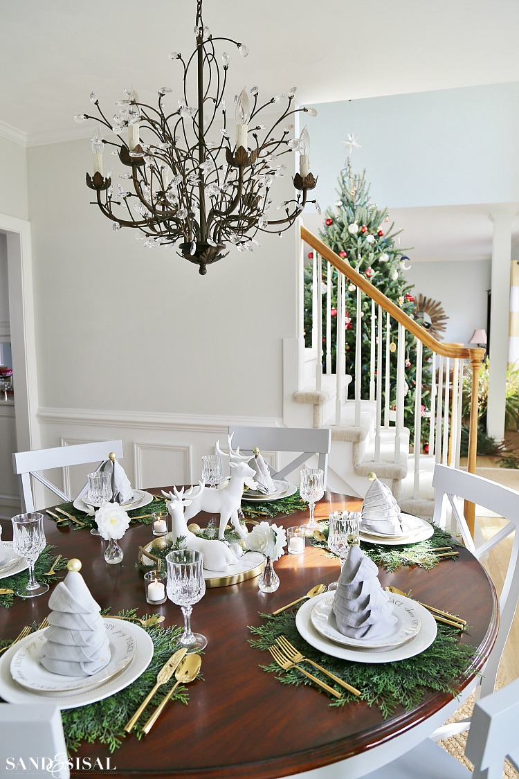 christmas dinner tablesetting ideas sand and sisal. Black Bedroom Furniture Sets. Home Design Ideas