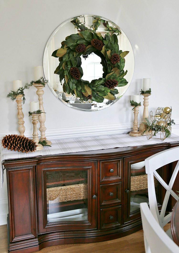 magnolia-wreath-wood-candle-pillars-buffet-table