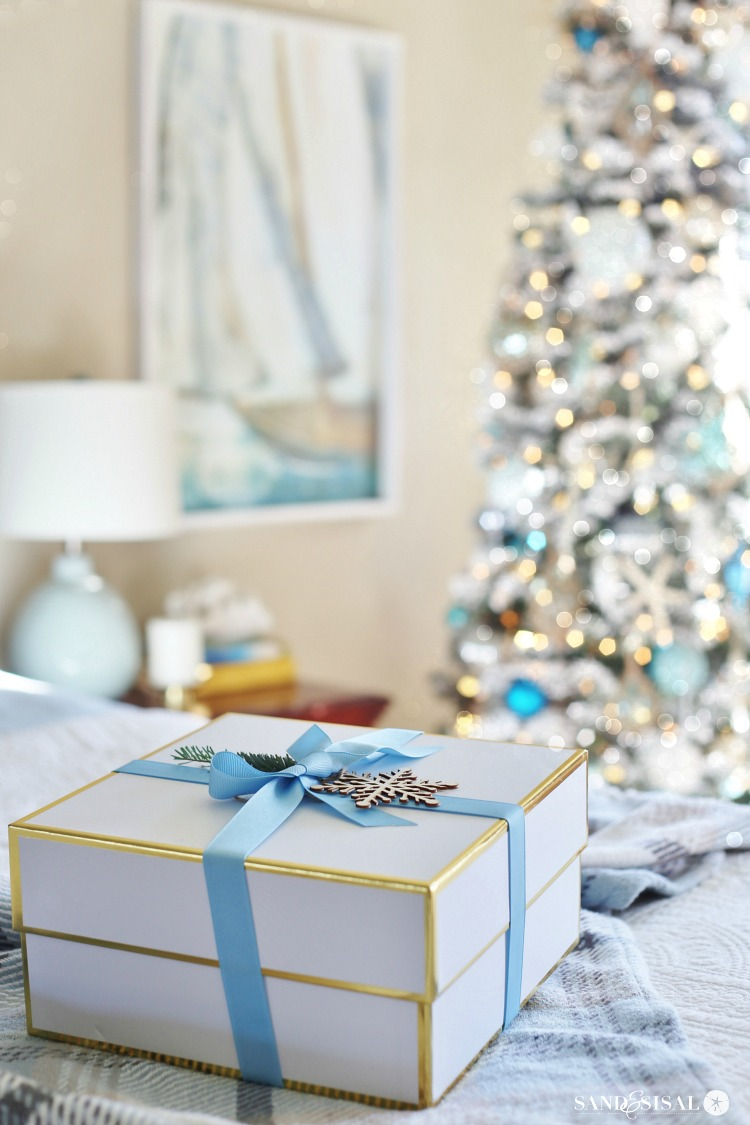 A Classic Coastal Christmas Bedroom Tour + Coastal Christmas Tree